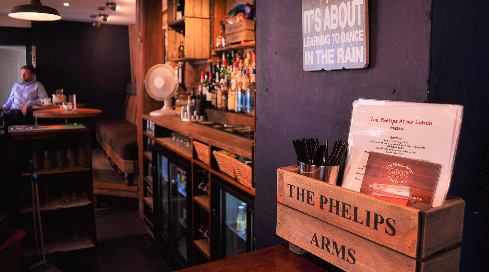 phelips arms bar photo